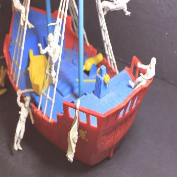 Ideal Authentic Pirate Ship Toy Boat w/Box mostly COMPLETE! Circa 1955 Original Box FREE SHIPPING