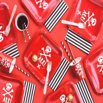 Pirate Party Plates, Pirate Party Tableware, Pirate Party Decorations  This gorgeous Pirate Party P