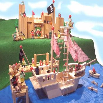 Wooden Pirate Ship including accessories  We are offering you a pirate ship which will help you dis