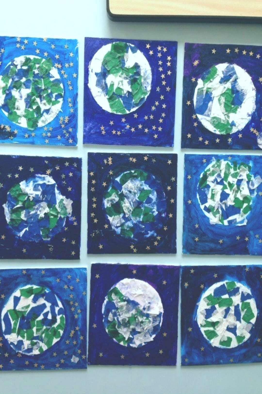 Make a Planet – Planet Earth Art Project. We love these Planet Earth pieces of art, made simply w