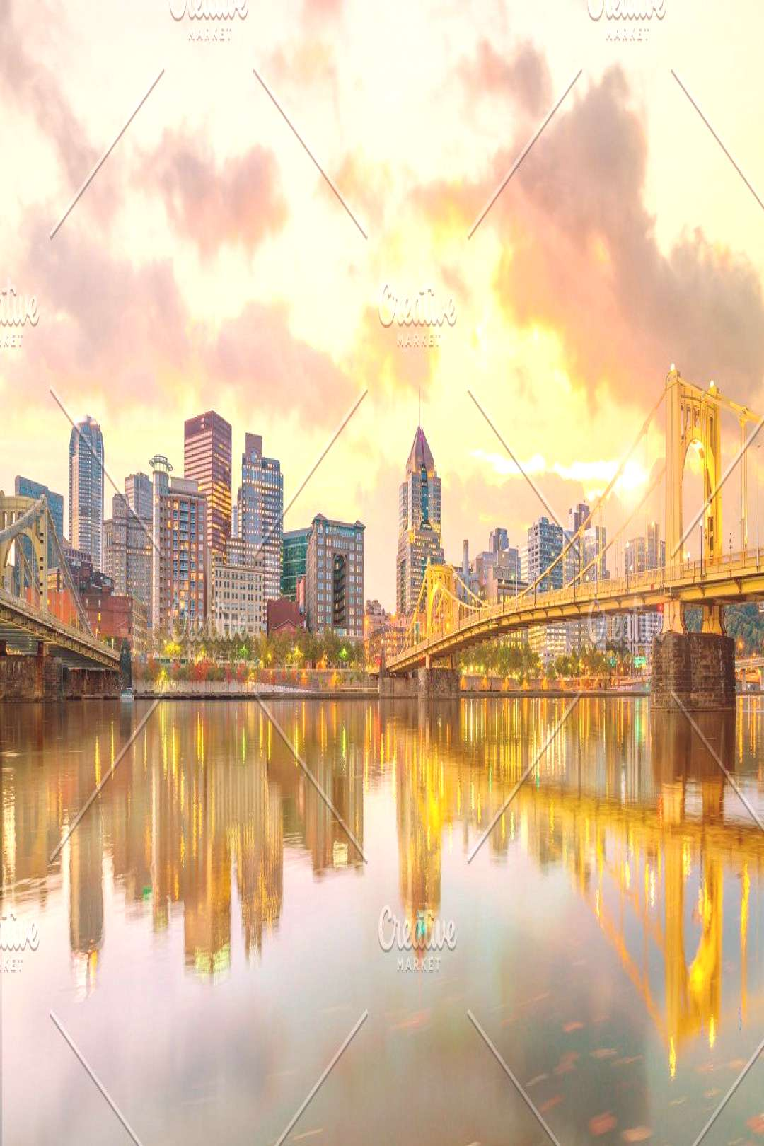 Panorama of downtown Pittsburgh ,