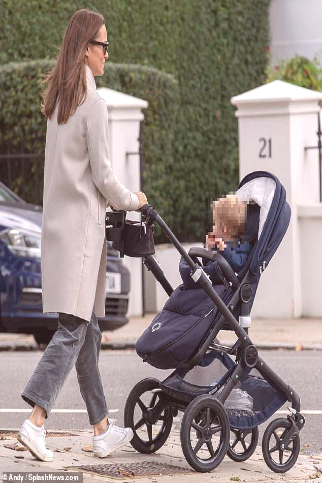 Pippa Middleton takes son Arthur for a stroll in London on his first birthday | Daily Mail Online