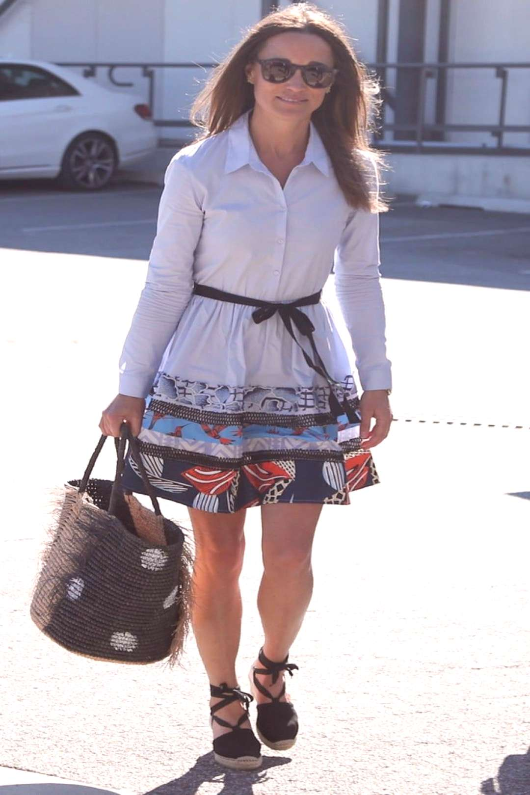Pippa Middleton Used This Brilliant Vacation Styling Hack For Her Airport Look